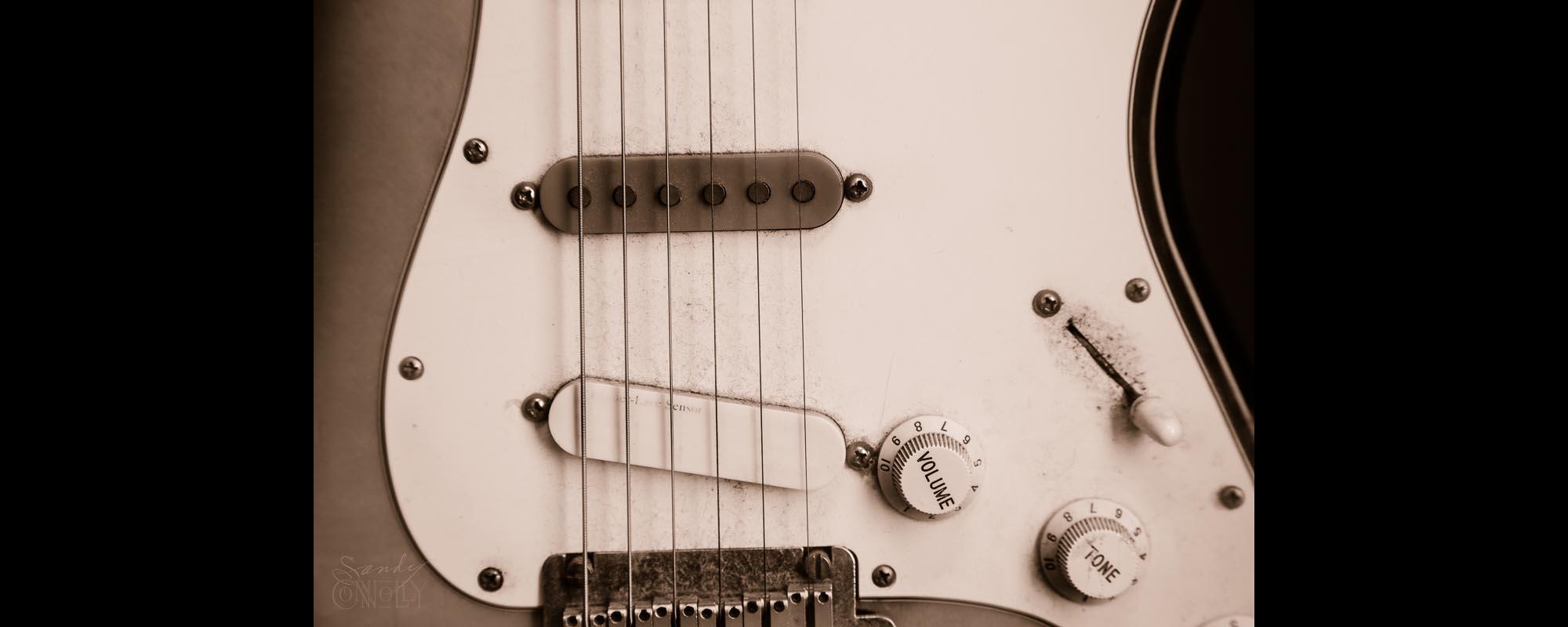 06-Justin-Paglino-Guitar-800